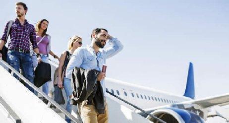 Gesund in den Urlaub: Reisestrapazen vermeiden