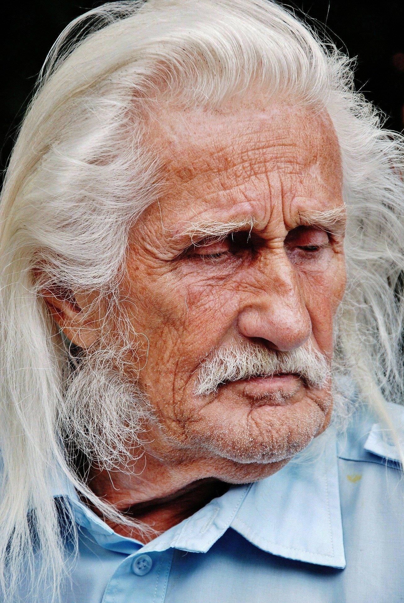 Studie findet einzigartige form von chronischer sinusitis beim älteren Patienten