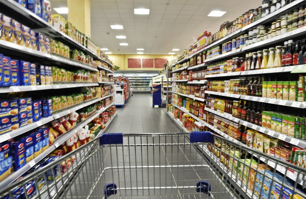 Hohes Unfall-Risiko: Rückruf bei Rewe & Penny! Scharfkantige Fremdkörper in verschiedenen Wurst-Produkten gefunden