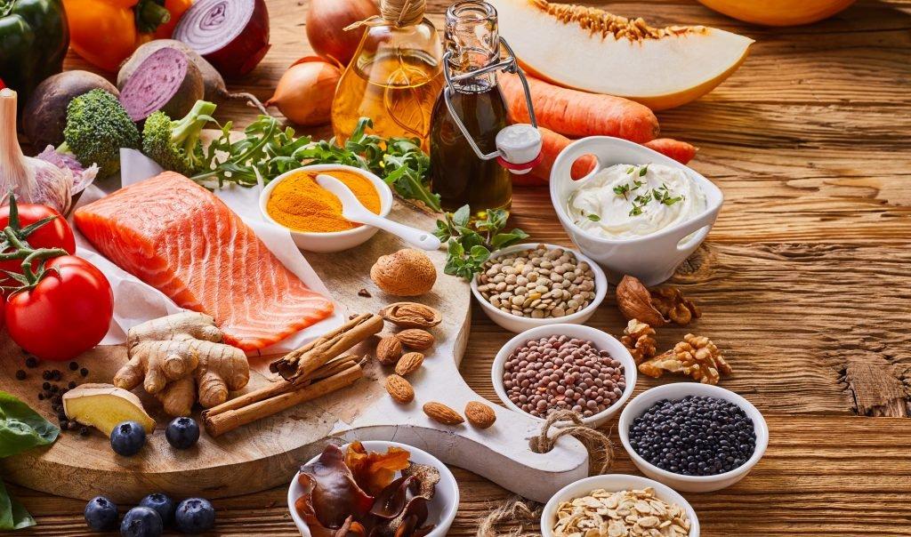 Abnehmen: Warum die mediterrane Ernährung die gesündeste Diät ist