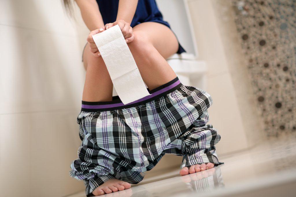 Häufiger Hygienefehler: Dieser WC-Fehler passiert vielen Menschen auf der Toilette