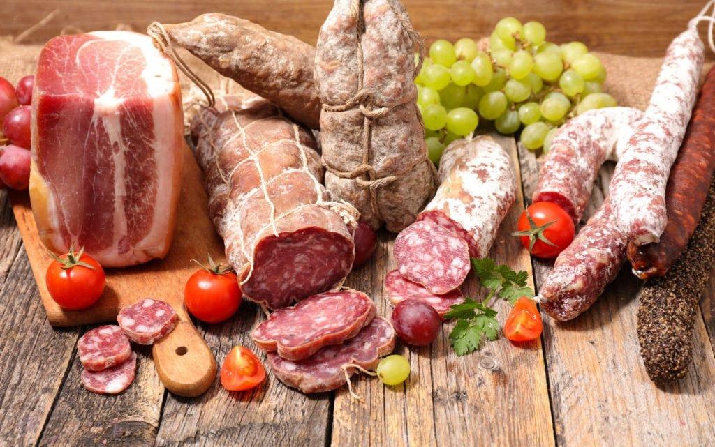 Wichtiger Rückruf! Gleich mehrere Bio-Salami-Produkte mit Plastikteilchen verunreinigt
