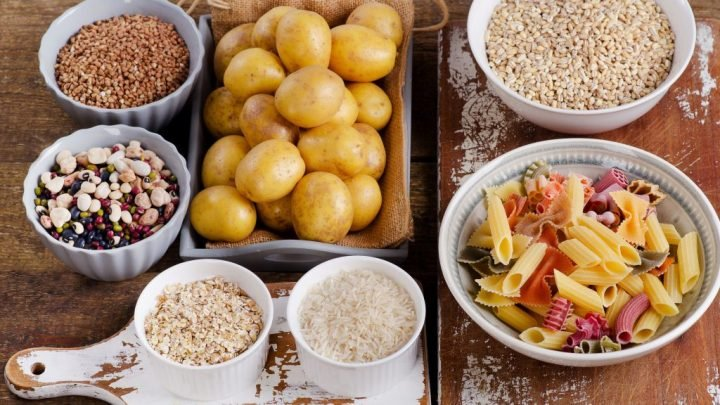 Low-Carb-Diäten: Stellt das Weglassen der Kohlenhydrate zum Abnehmen ein Risiko dar?
