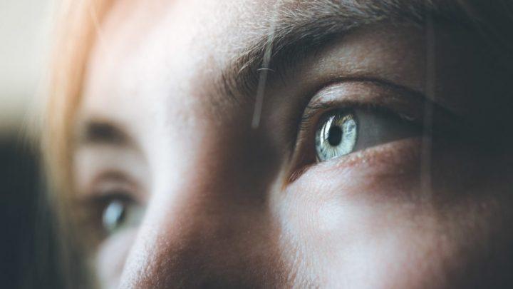 Forschung: Veränderter Bewusstseinszustand nur durch einen zehnminütigen Augenkontakt