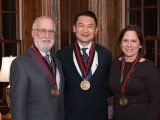 Wang benannt Loewentheil Distinguished Professor