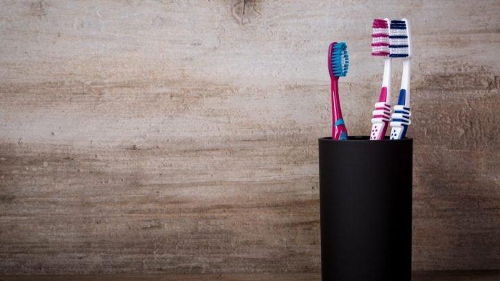 Drogeriemarkt bringt eine vegane Bio-Zahnbürste auf den Markt