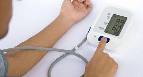Patientenschulung: Wie Sie den Blutdruck richtig messen