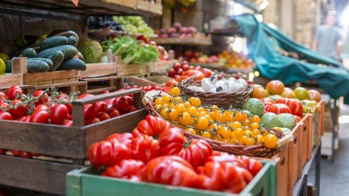 Mittelmeerdiät verhindert Essen im Übermaß