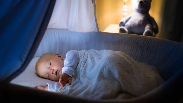 Hohes Risiko Elternbett: Die meisten Säuglinge sterben im Schlaf
