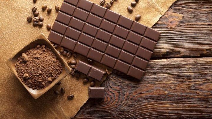 Neuer Rückruf: In Lindt-Schokolade sind Plastikteile enthalten