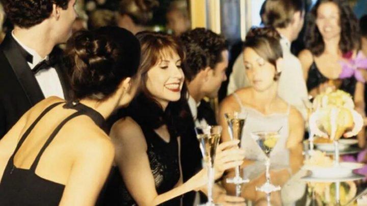 Tun amerikanischen Erwachsenen trinkt zu viel? Studie sagt ja