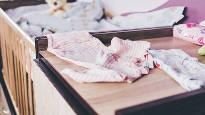 Die Bilder der Lebensmittel, die auf Kinder Kleidung Einfluss auf das Essverhalten?