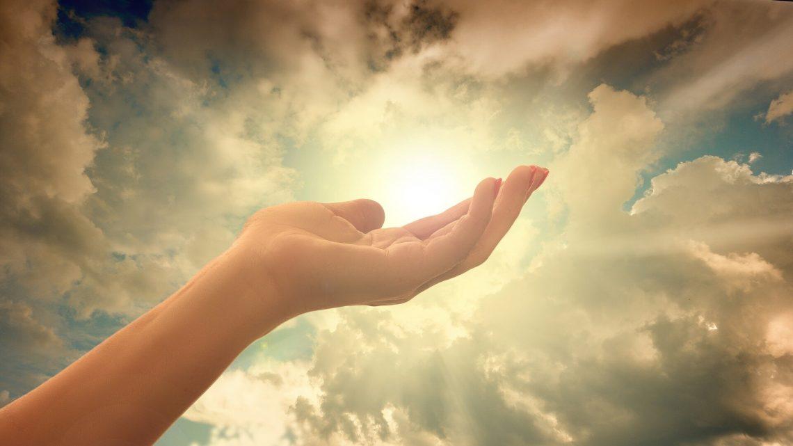 Studie findet, wie Menschen sich mit Wissenschaft fördern kann Unglauben oder glauben an Gott