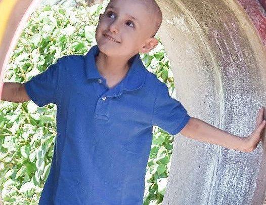 """Krebskranker Elliot (4) tröstet Mutter: """"Mama, niemand hat gesagt, dass es einfach wird"""""""