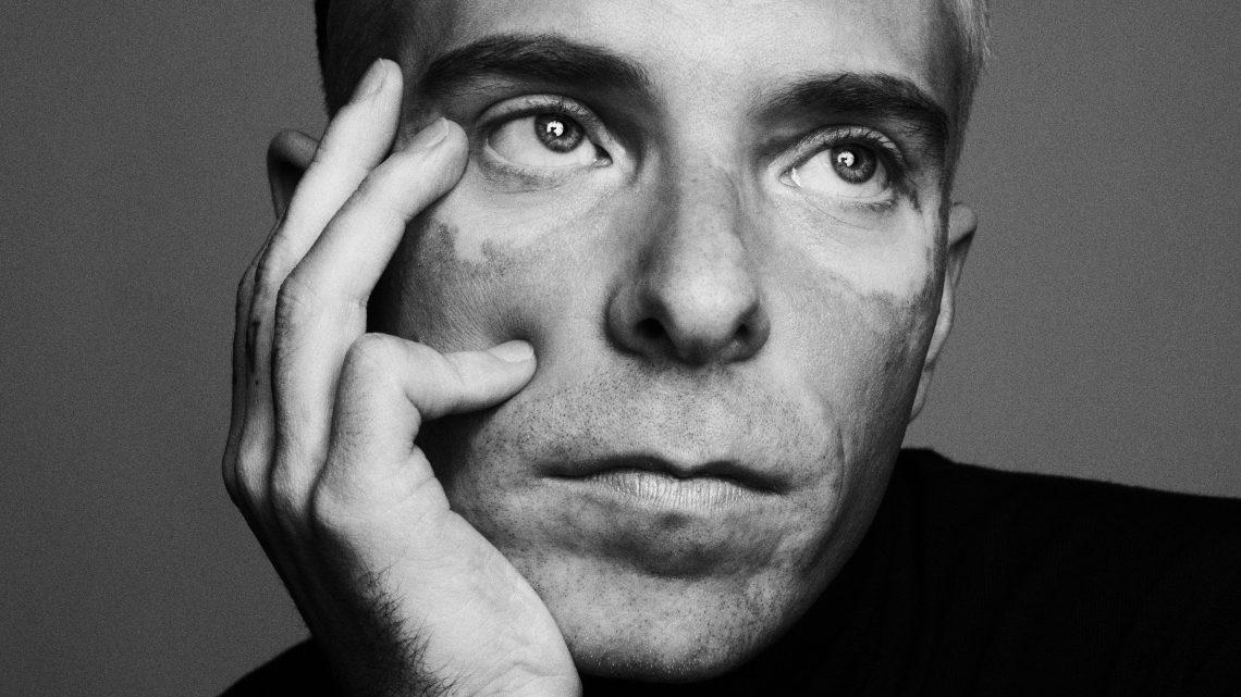 EXKLUSIV: Drew Elliott als Global Creative Director von MAC Cosmetics