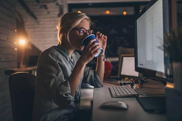 Forscher warnen: Wie viele Stunden Ruhezeit sind nach Feierabend nötig?