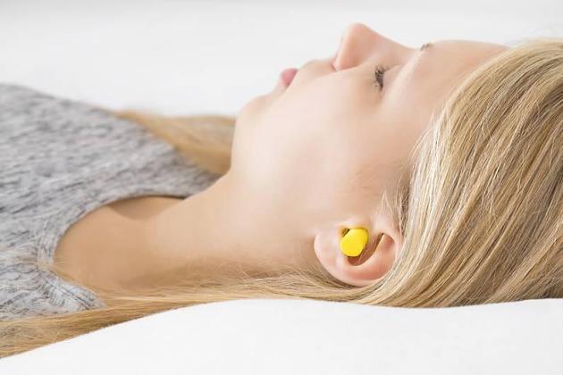 Lärmschutz: Sind Ohrstöpsel auf Dauer schädlich für die Gesundheit?