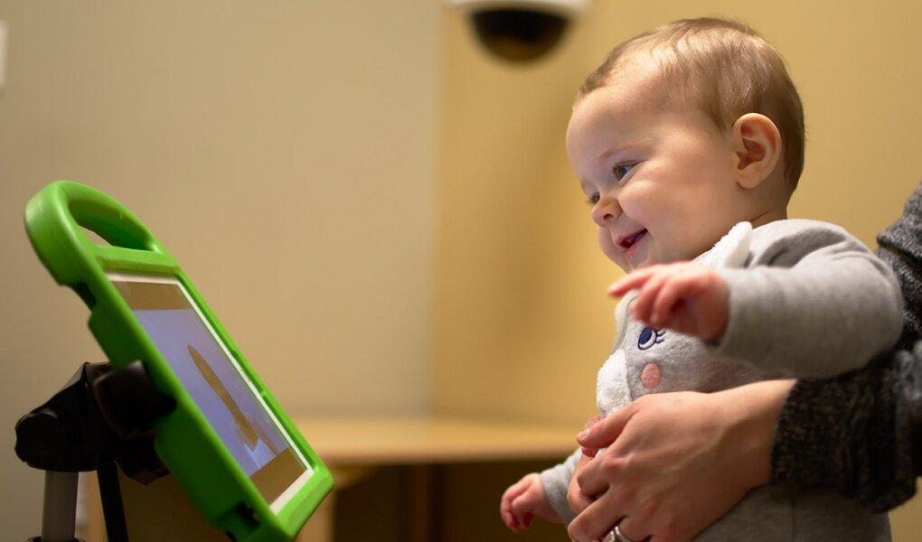 Nutzung der Kraft der Maschine lernen für frühere Diagnose Autismus