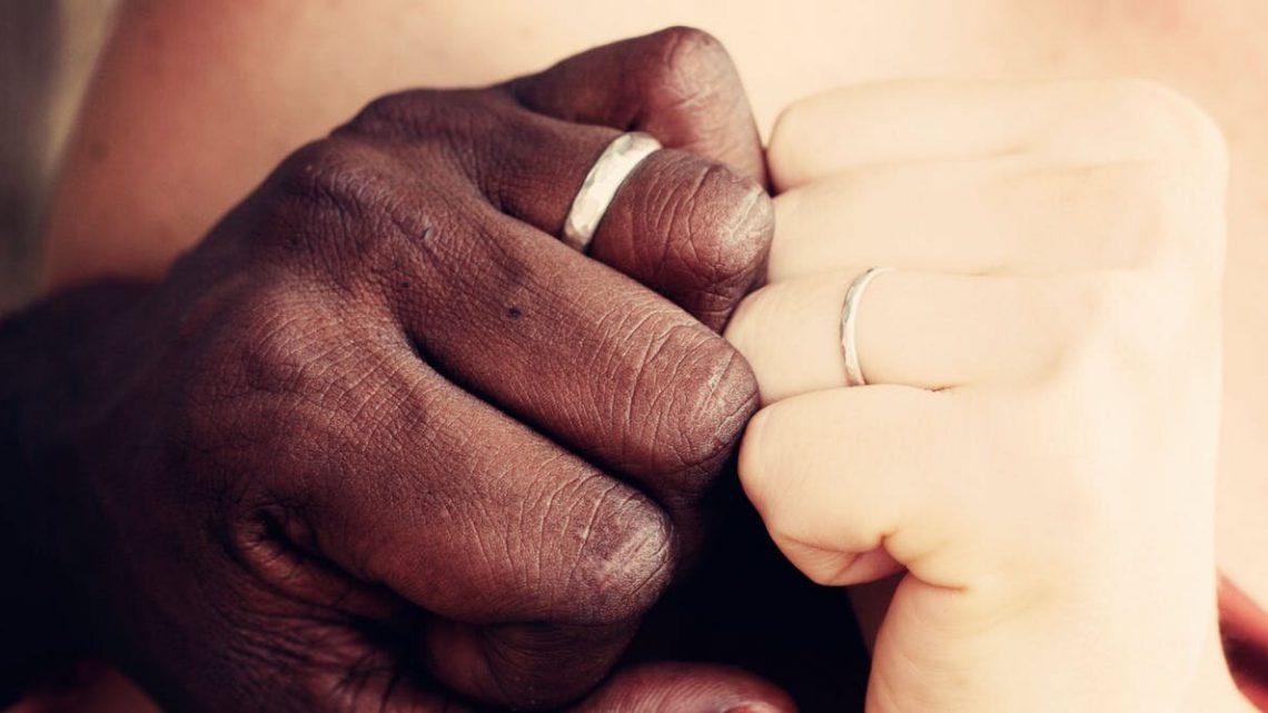 Eine 4-Schritt Wartung planen zu helfen, halten Sie Ihre Beziehung stark