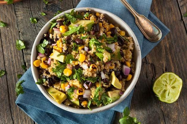 Vegan: 7 Proteinquellen, die auf deinen Speiseplan gehören