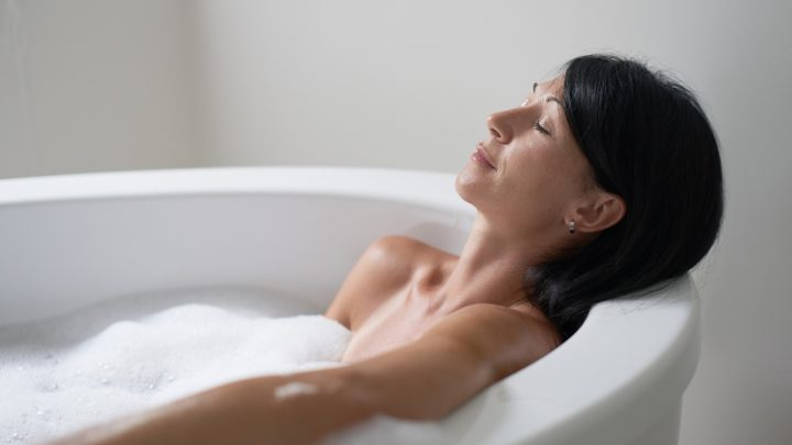 Warum ein heißes Bad so gesund ist