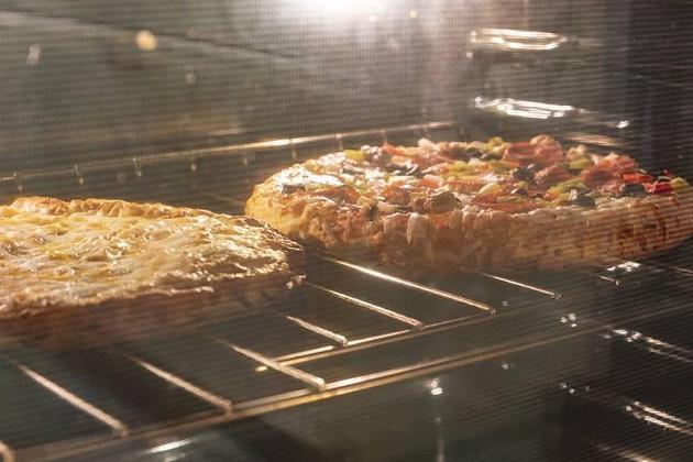 Coronavirus: Verbraucher hamstern Tiefkühlpizza und Spinat in der Krise
