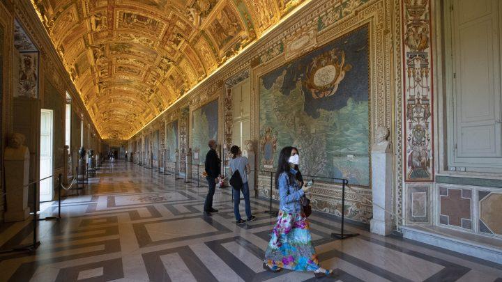 Sperren verfügen Leichtigkeit in Florida, Europa mit neuen Tourismus-Regeln