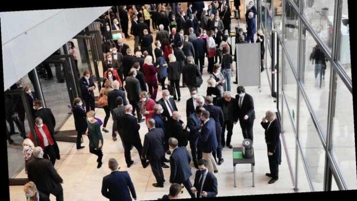 Nach Beschluss im Bundestag: Bundespräsident hat Infektionsschutzgesetz ausgefertigt